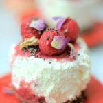 ラズベリーのレアチーズケーキ