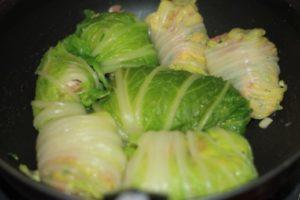 ダイエット食事・この豚こま切れのロール白菜はは糖質5g以下です。このレシピを参考に料理を作れば、必要以上に糖質量をオーバーしてしまうことはありませんし、安心して糖質制限ダイエットを続けることが出来ます