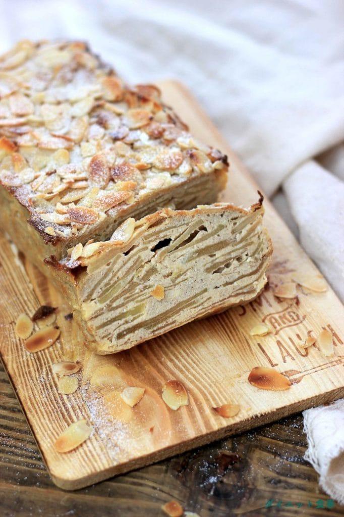 ダイエット食事・フランスの林檎ケーキ・Gateau Invisible・このガトーインビジブルは糖質10g以下です。このレシピを参考に料理を作れば、必要以上に糖質量をオーバーしてしまうことはありませんし、安心して糖質制限ダイエットを続けることが出来ます!