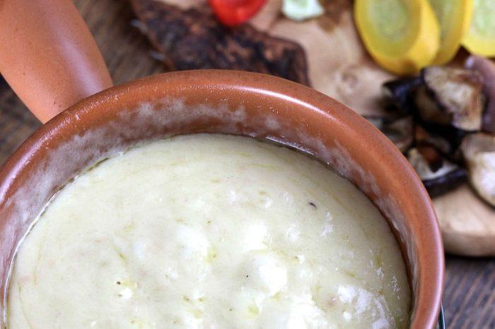 本格的なチーズフォンデュ(片栗粉不使用・糖質オフ)