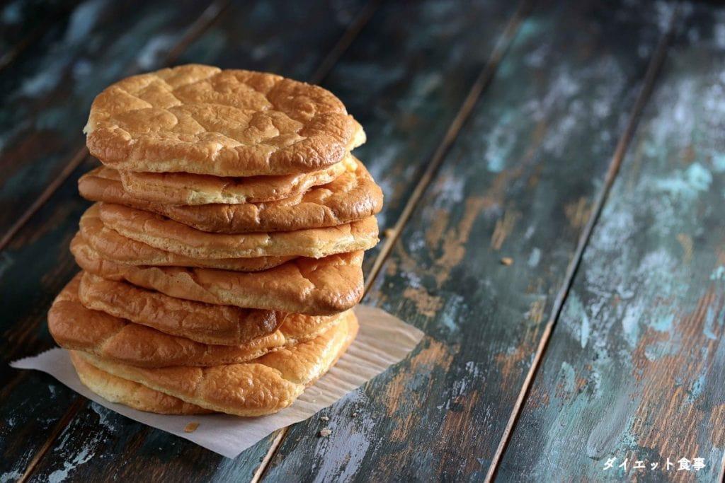 ダイエット食事・このプロテインクラウドブレッドはグルテンフリーで糖質オフです!糖質制限のパンです!糖質は1g以下です。このレシピを参考に料理を作れば、必要以上に糖質量をオーバーしてしまうことはありませんし、安心して糖質制限ダイエットを続けることが出来ます!