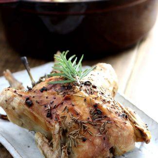 staubで鶏の丸焼き (ボーンブロスの作り方も)
