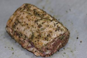 ダイエット食事・ハーブの豚肉肩ロース・糖質は1g以下です。このレシピを参考に料理を作れば、必要以上に糖質量をオーバーしてしまうことはありませんし、安心して糖質制限ダイエットを続けることが出来ます!