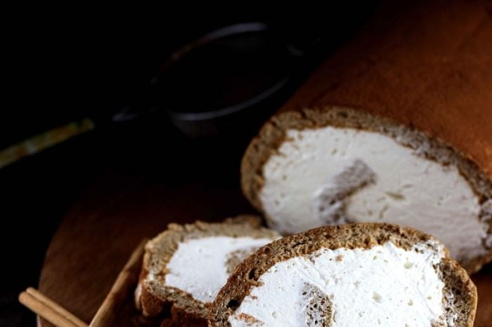 糖質オフジンジャーブレッドロールケーキ